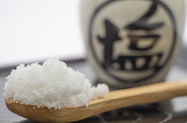 sio 1 - 【ひと目で分かる塩分表】調味料に含まれる塩分の量は?