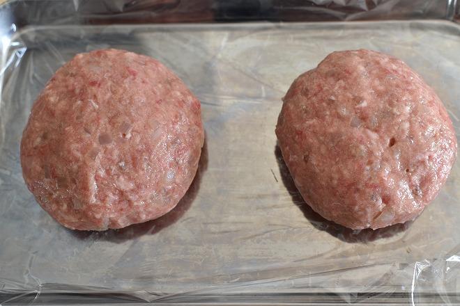 DSC 0914 - 卵をいれるタイミングが決め手!肉汁を完全に閉じ込めるハンバーグ