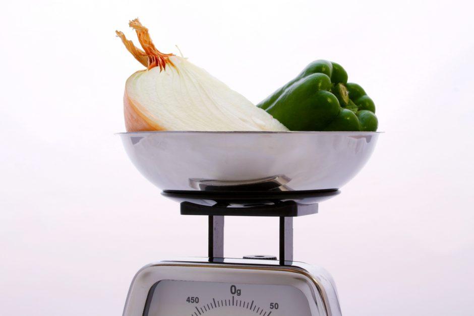 omosa 940x627 - 食材別|重さの目安一覧表 人参1本は何g?