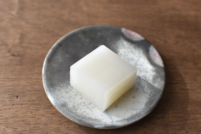 DSC 2097 - 白くて四角