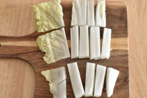 DSC 3252 R 300x200 - 【水なし】白菜とベーコンの蒸し焼き