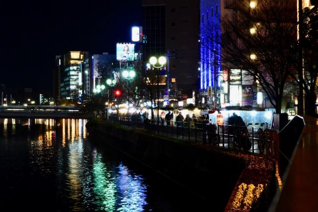 nakasu - 福岡観光で屋台は必ず行きたい。中洲・天神・長浜の3エリアの場所と特徴について