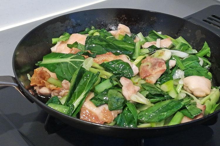 IMG 20200417 160142 - 野菜たっぷり。小松菜とむね肉の【ネギ塩だれ】炒め