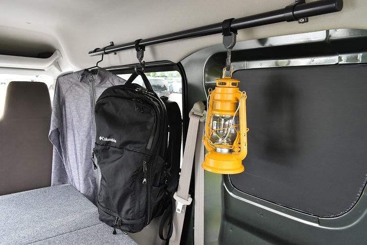 DSC 0015 R - ユーティリティナットを活用。795円で荷室にサイドバーを取り付ける方法。【エブリイDIY】