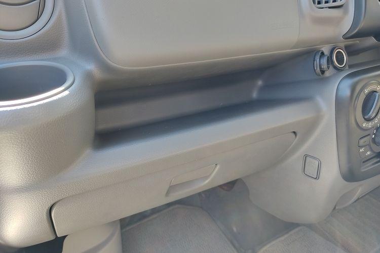 IMG 20201025 114431 R 2 - ドラレコの配線を綺麗に隠す『エーモンの電源ソケット』【エブリイバンDIY】