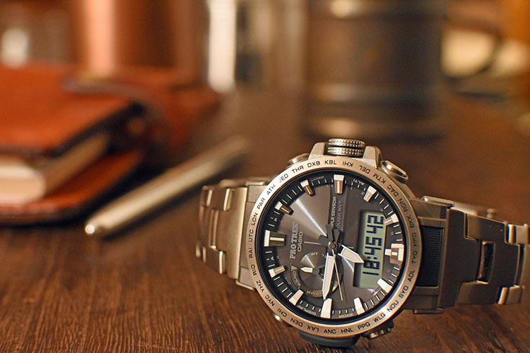 DSC 0738 2 edited 1 - アウトドアだけじゃない!ビジネスにも使える腕時計 PRO TREK『PRW-60T-7AJF』