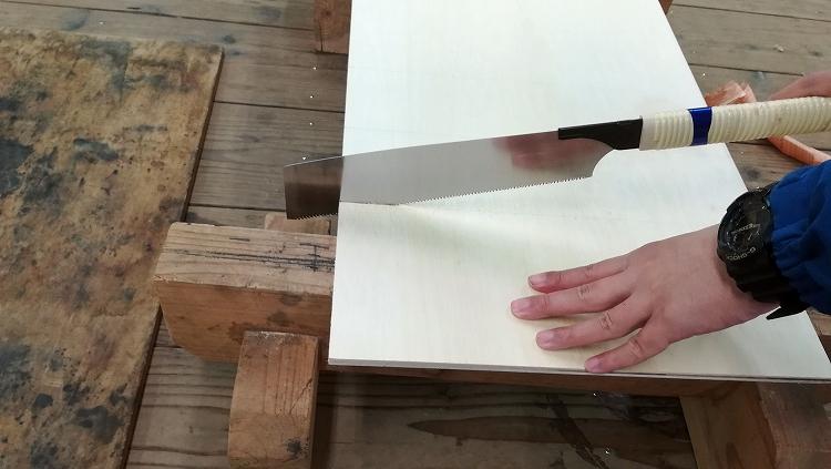 IMG 20201127 091317 - エブリイの天井に収納棚を自作!【エブリイバンDIY】