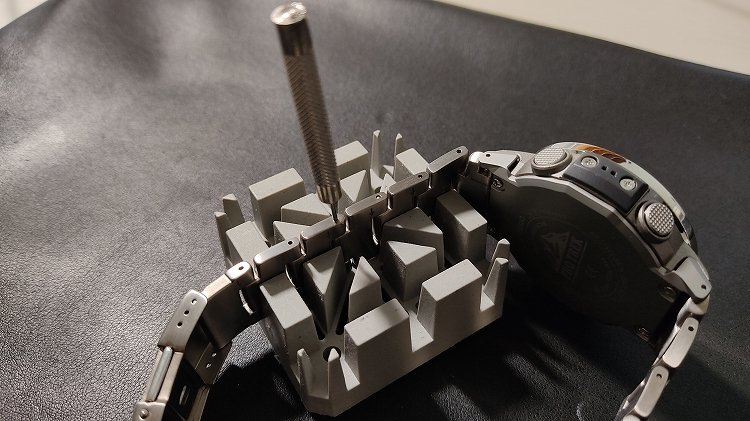 IMG 20201218 104501 - PRO TREKで実践。腕時計のベルト調整(メタルバンド)は簡単です。