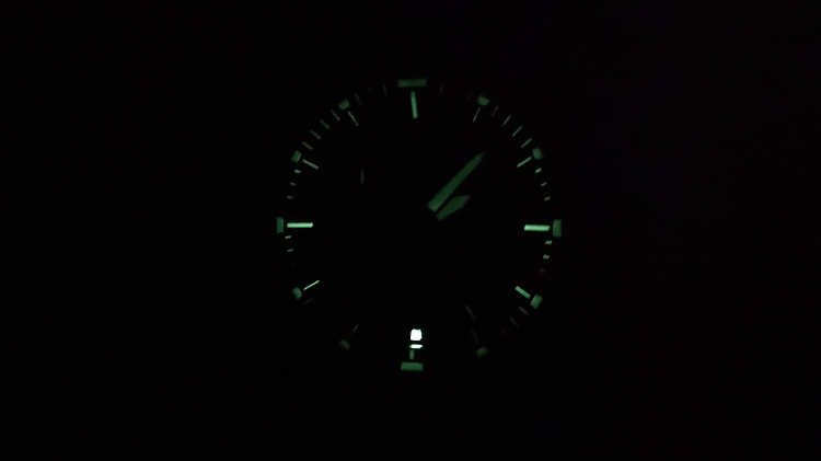 IMG 20201219 140726 - アウトドアだけじゃない!ビジネスにも使える腕時計 PRO TREK『PRW-60T-7AJF』