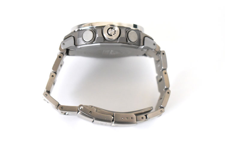 sDSC 0458 - アウトドアだけじゃない!ビジネスにも使える腕時計 PRO TREK『PRW-60T-7AJF』