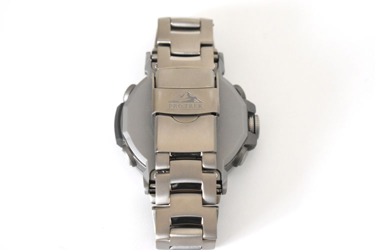 sDSC 0459 - アウトドアだけじゃない!ビジネスにも使える腕時計 PRO TREK『PRW-60T-7AJF』