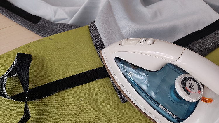 IMG 20201226 095024 - 【車中泊】簡単!工具を一切使わずにカーテンを吊るす方法