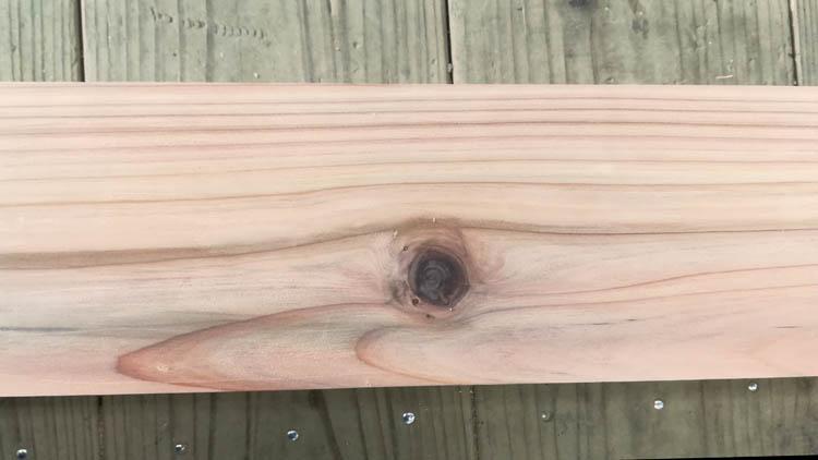 IMG 20201121 114520 - 良い木材とは?こんな木材は加工がしにくい