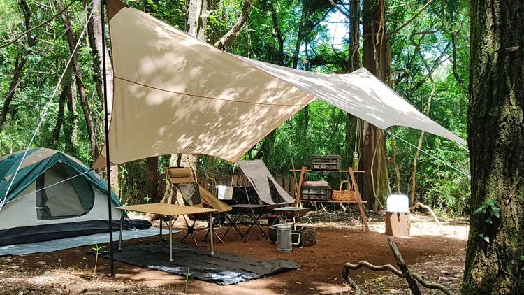 Snapshot 1 - 自力で雑木林を整地。プライベートキャンプ場でBBQを楽しむ!