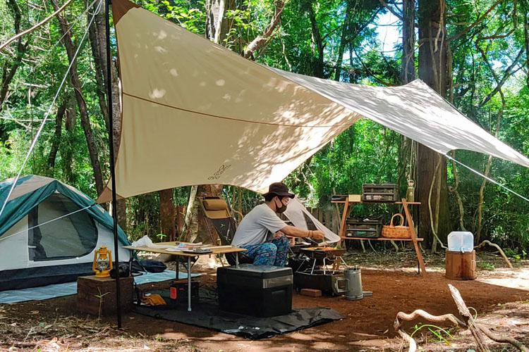 Snapshot 6 - 自力で雑木林を整地。プライベートキャンプ場でBBQを楽しむ!